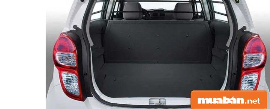 Khoang chứa đồ lớn, đựng đồ khá rộng rãi, thoải mái cho những chuyến đi xa của gia đình bạn.