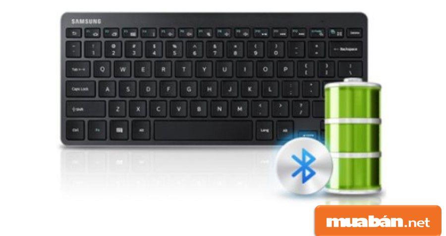Các bàn phím chính hãng hiện nay đều được sử dụng pin AA cho thời gian sử dụng lên đến 2 năm.