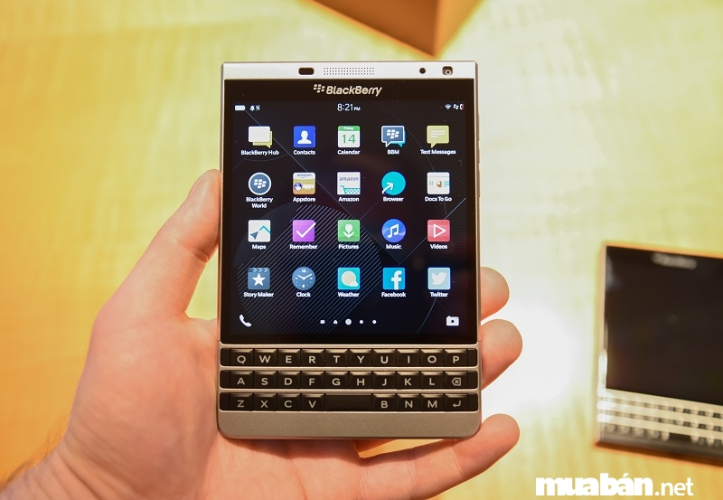 Bàn phím BlackBerry Passport dễ thao tác