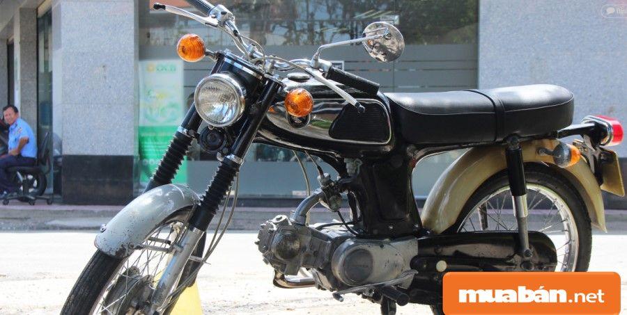 Nền tảng của xe 67 là từ chiếc Honda 66, được sản xuất từ sau chiến tranh thế giới thứ 2.