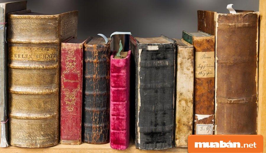 Một bộ sưu tập đáng giá là có nhiều món đồ độc đáo, hiếm và đạt được tiêu chuẩn cao của chúng.