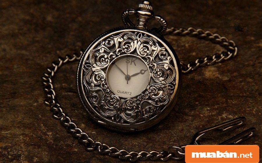 Có những món đồ, tuổi đời càng cao thì càng có giá trị sưu tầm.