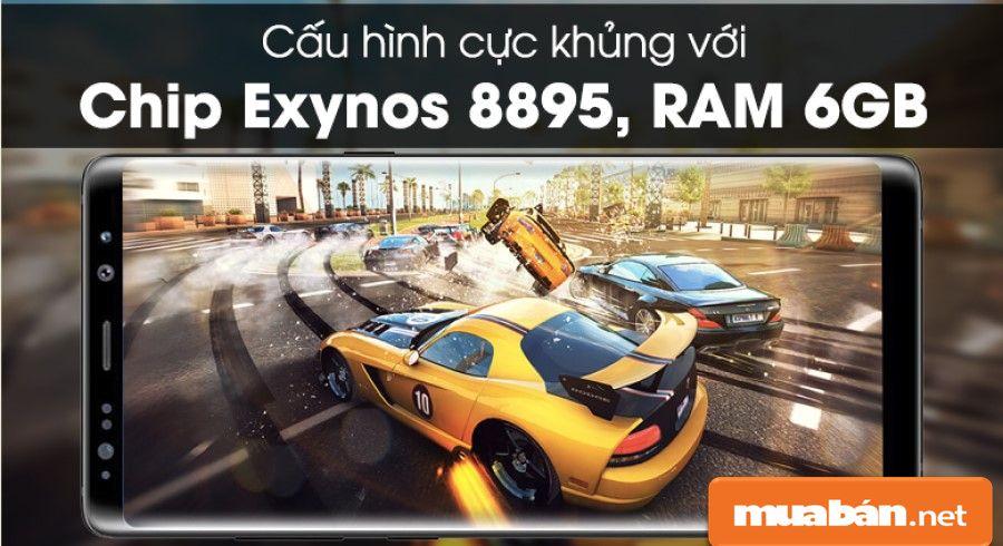 Thiết bị được hỗ trợ chip Exynos 8895 8 nhân 64-bit, tốc độ CPU 4 nhân 2.3 GHz và 4 nhân 1.7 GHZ.