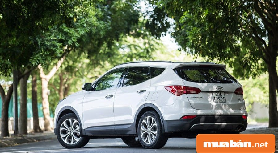 Dù mua xe cũ, nhưng bạn vẫn được sử dụng những tính năng an toàn hiện đại như các dòng xe sang.