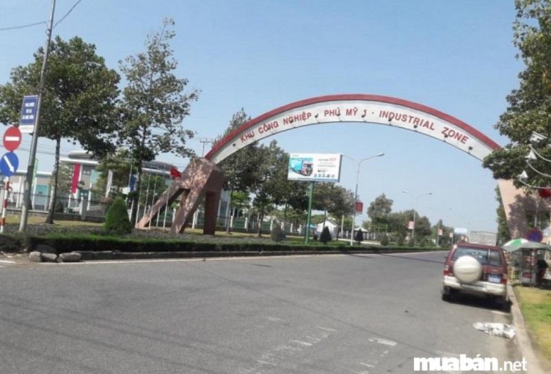 Cùng với sự ra đời của các nhà máy, xí nghiệp giá nhà đất tại thị xã Phú Mỹ tăng chóng mặt.