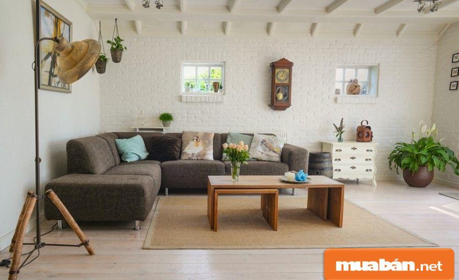 """Nếu bạn tìm kiếm những ngôi nhà có đủ nội thất thì sẽ rất tiện nhưng giá cả cũng sẽ rất ...""""đẹp""""."""