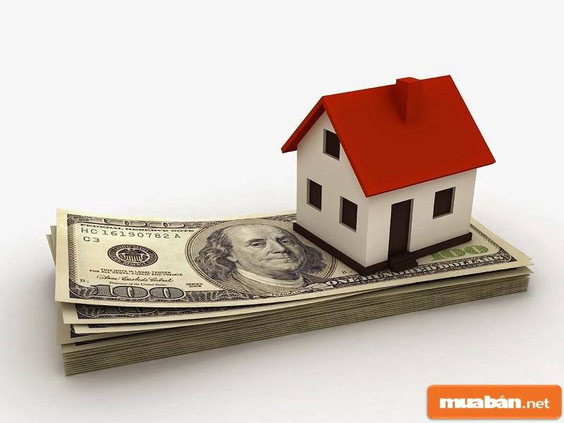 tiền và nhà
