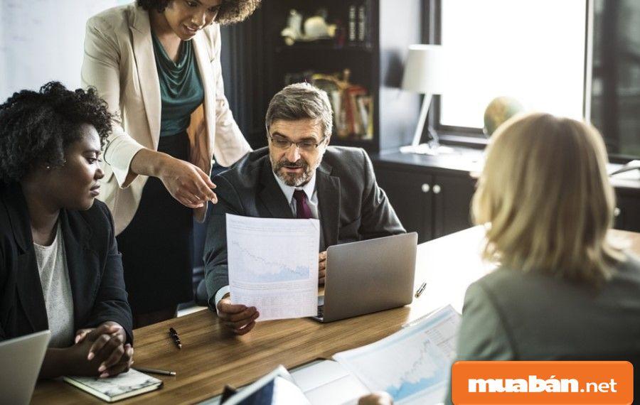 Bạn hãy dựa vào nội dung các câu hỏi phỏng vấn một cách khéo léo để lựa chọn được ứng viên phù hợp.