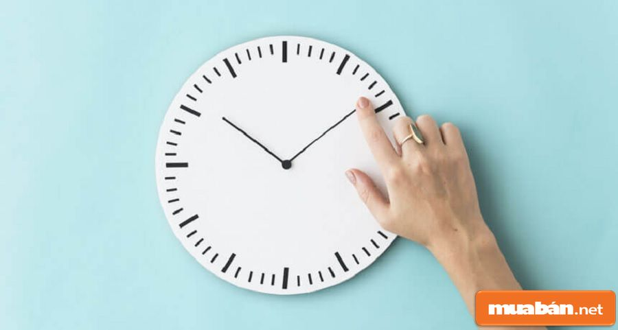Bạn nên đến sớm ít nhất 10 phút để chuẩn bị tốt hơn cho buổi phỏng vấn của mình.
