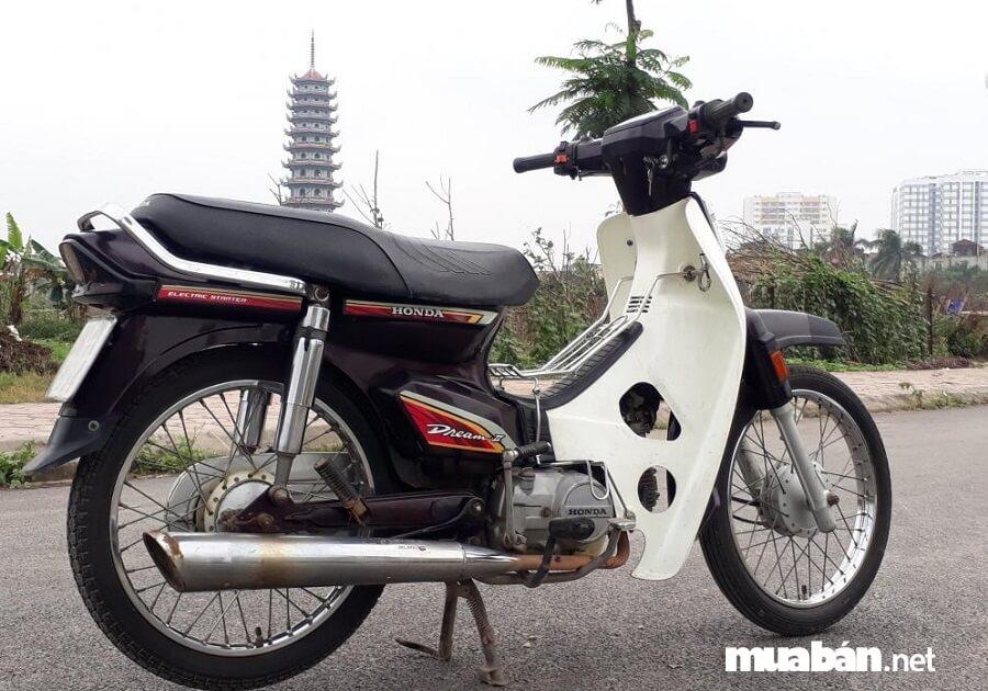 Honda Dream II có kết cấu đơn giản, dễ sửa chữa và cực kỳ bền bỉ.