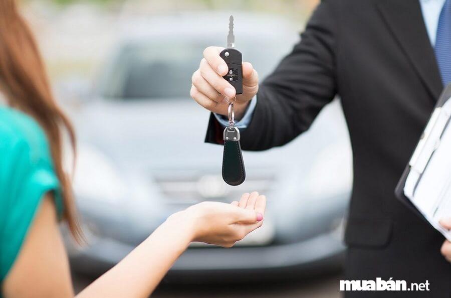 Nếu vào các dịp lễ tết thì nên hỏi xe trước 1 tháng, qua đặt cọc trước.