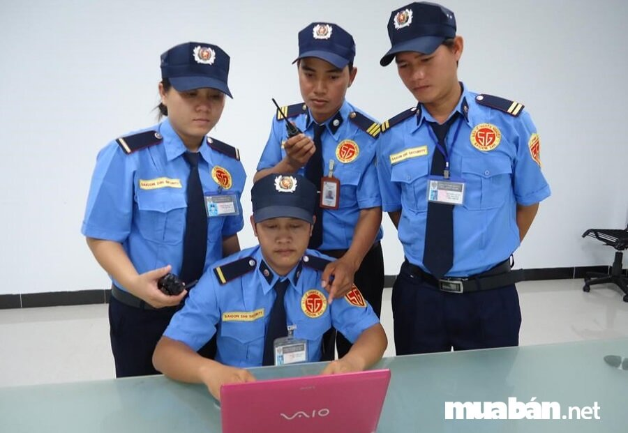 Nhân viên bảo vệ, an ninh là một trong những việc làm phổ thông tại Cần Thơ có mức lương tốt nhất hiện nay.