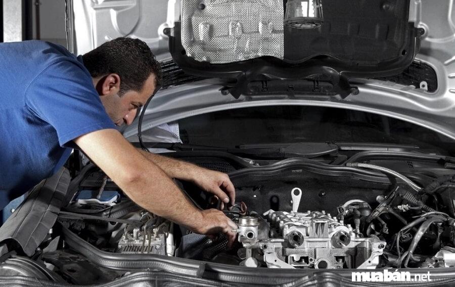 Mua nhầm xe ô tô bị lỗi, tai nạn là trường hợp phổ biến, dễ gặp nhất khi mua xe cũ.