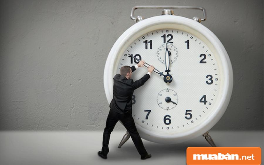 Biết cách quản lý thời gian  giúp bạn hoàn thành nhiệm vụ đúng thời hạn.