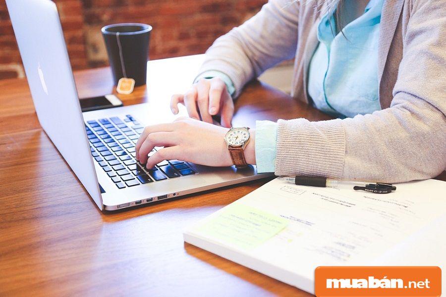 Bạn sẽ phải viết nội dung cho page, viết bài quảng cáo, hoặc đơn giản là viết SEO…