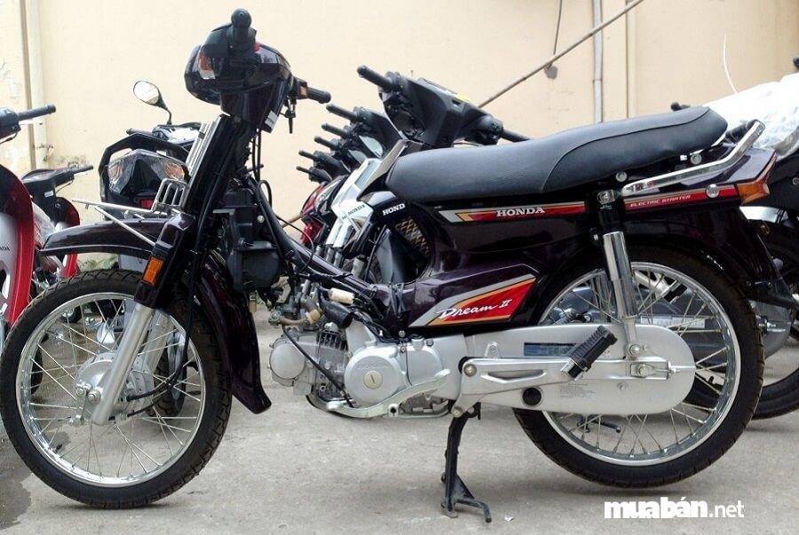 Bạn muốn mua xe máy cũ tốt nhất nên đi cùng người có kinh nghiệm, thợ sửa xe lâu năm…