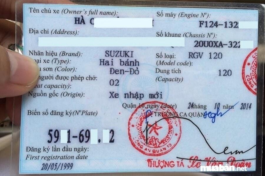 Chợ xe máy cũ Hà Nội vô cùng phức tạp, do đó, bạn đều phải kiểm tra xem xe có chính chủ hay không.
