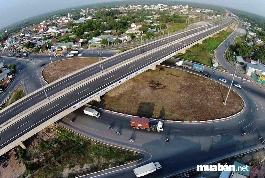 Nhơn Trạch được hưởng lợi từ hệ thống đường cao tốc Long Thành - Dầu Giây