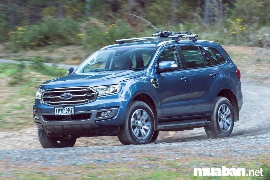 Ford Everest phiên bản mới sử dụng dòng động cơ EcoBlue, dung tích 2.0L mạnh mẽ.