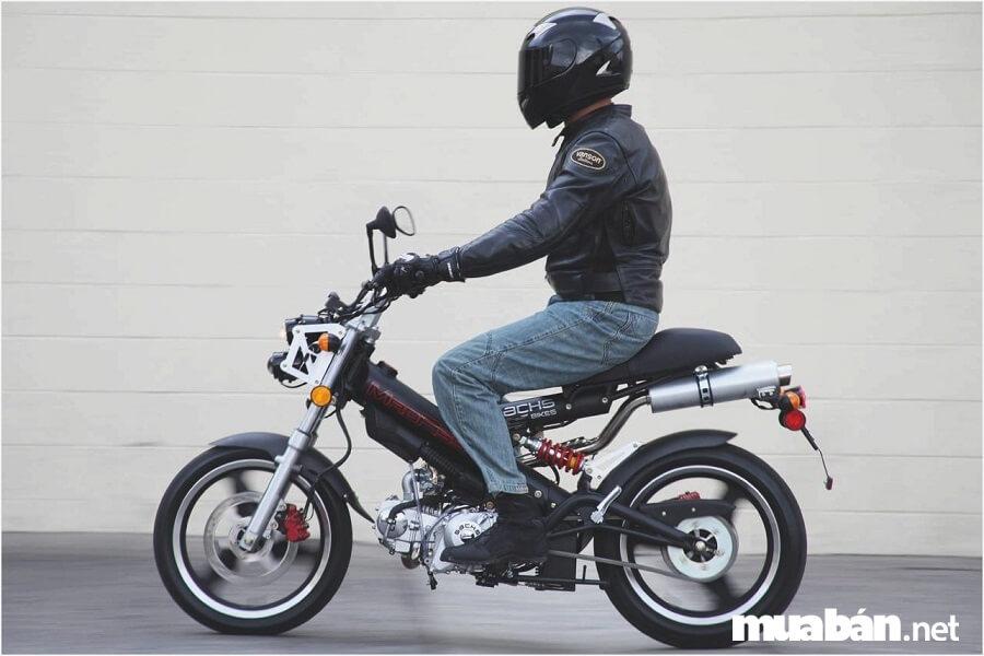 Madass 125 vận hành mạnh mẽ, là lựa chọn hoàn hảo cho những biker nhiều kinh nghiệm.