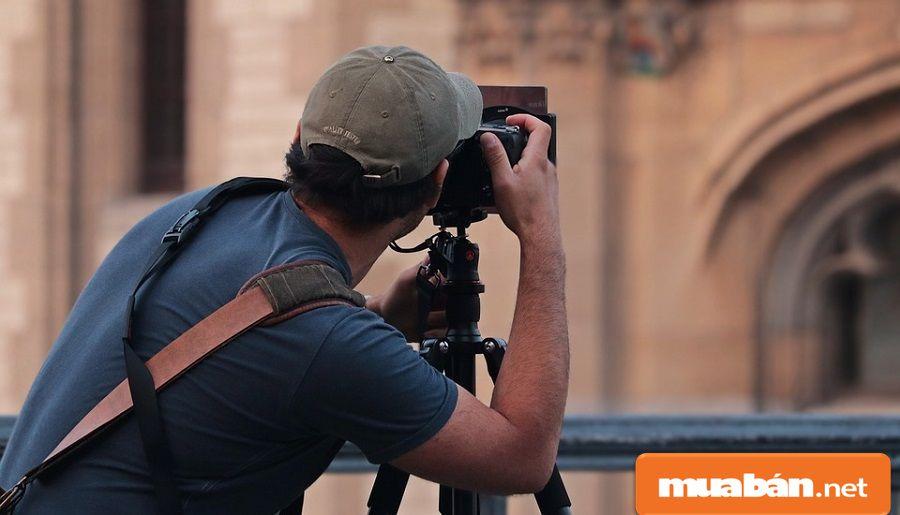 Bạn hãy thử sức ở công việc chụp ảnh nếu có sở thích và khả năng chỉnh sửa hình ảnh...