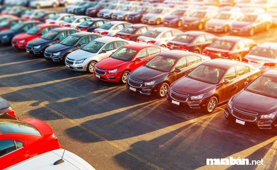 Đóng thuế trước bạ - thủ tục mua bán xe ô tô cũ bắt buộc phải có