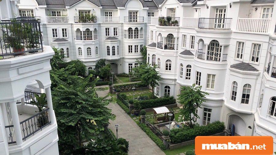 Các khu căn hộ, biệt thự với diện tích linh hoạt và được thiết kế hiện đại, sang trọng.