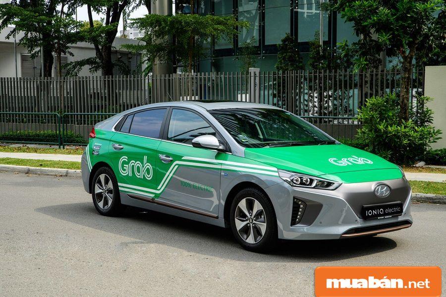 Grap car tương tự như grap taxi nhưng thời gian chủ động hơn và không bị ràng buộc.