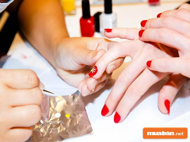 Ứng tuyển thợ nail vừa học vừa làm TPHCM là nhu cầu của nhiều người