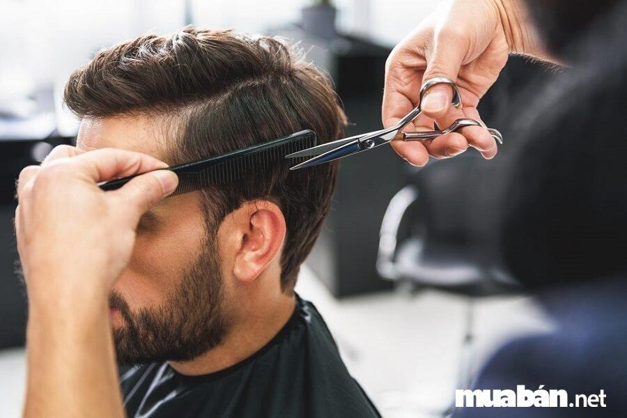 Thợ cắt tóc hiện đang là nghề có thu nhập + hoa hồng rất cao.