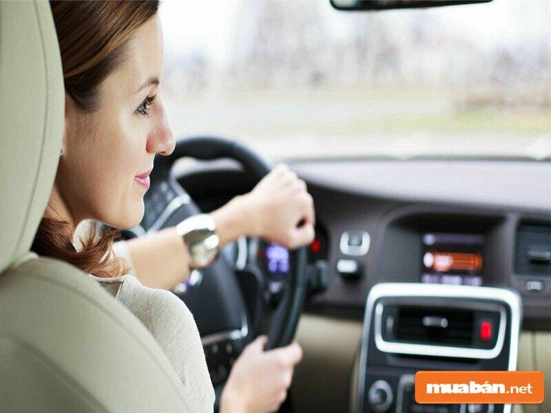 Một người vui vẻ thân thiện sẽ trở thành một lái xe tốt