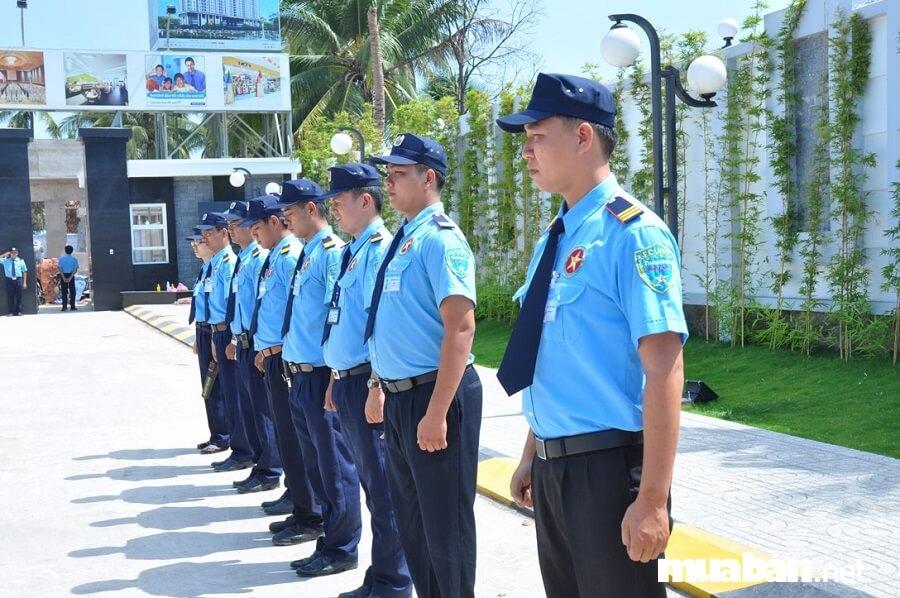 Trong số những việc làm Vĩnh Long hiện đang được tuyển dụng nhiều có vị trí nhân viên bảo vệ.