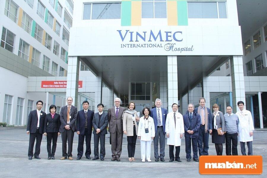 Bệnh viện Đa khoa Quốc tế Vinmec là một trong những hạng mục quan trọng tại khu phức hợp Vinhomes Central Park.