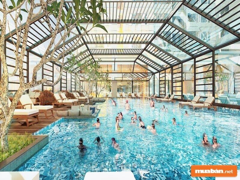 Trẻ em có thể thỏa sức vui chơi trong hồ bơi nội khu