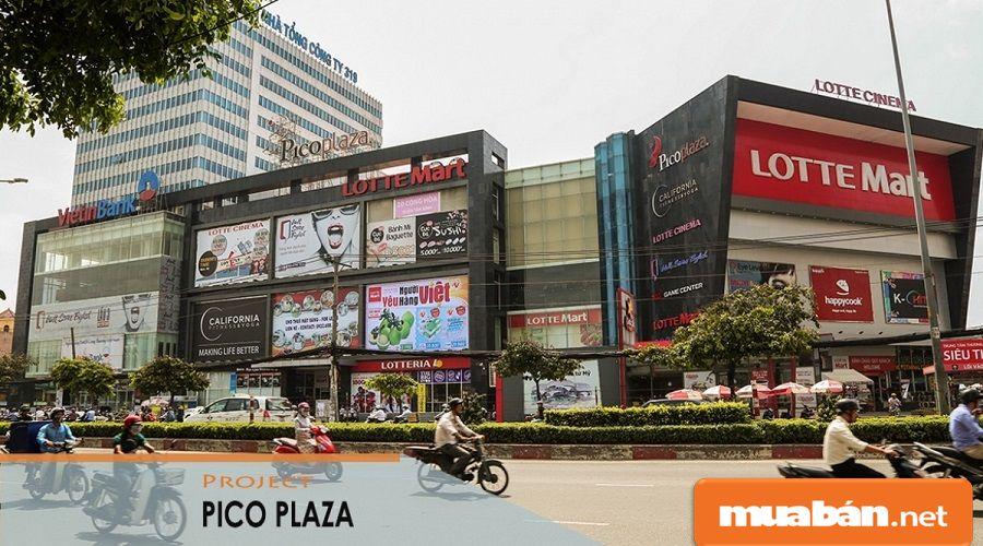 Pico Plaza