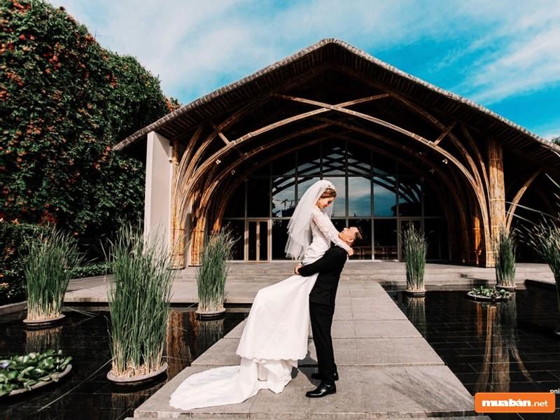 Chụp ảnh cưới tại Flamingo