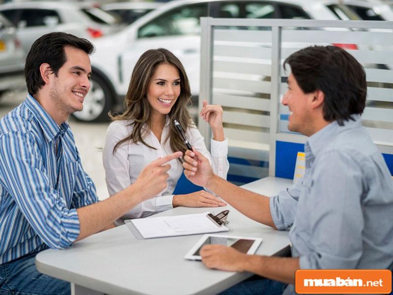 Cập nhật thông tin tuyển dụng thường xuyên từ mối quan hệ quen biết