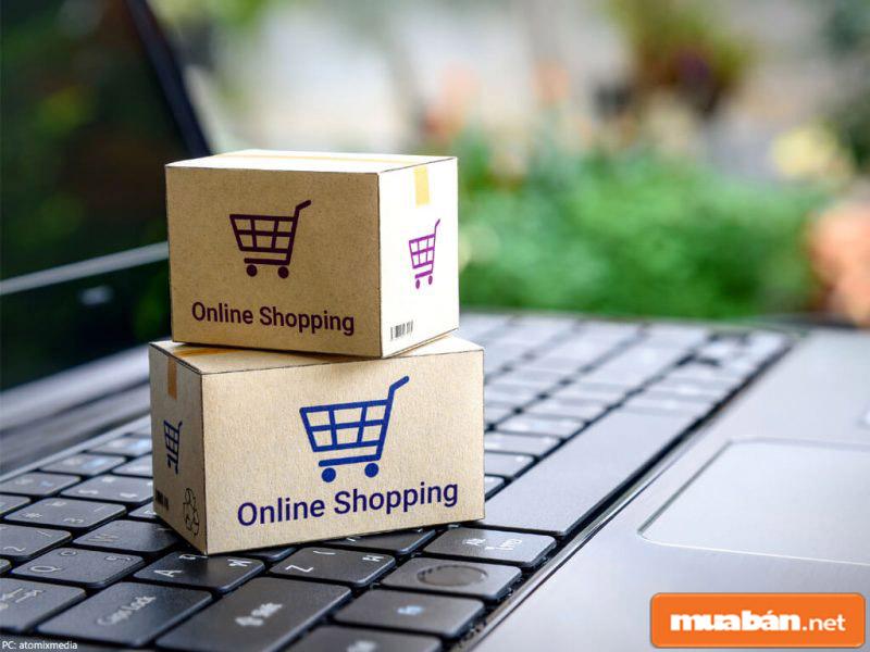 Hàng hoá mua online được vận chuyển tới tận nhà