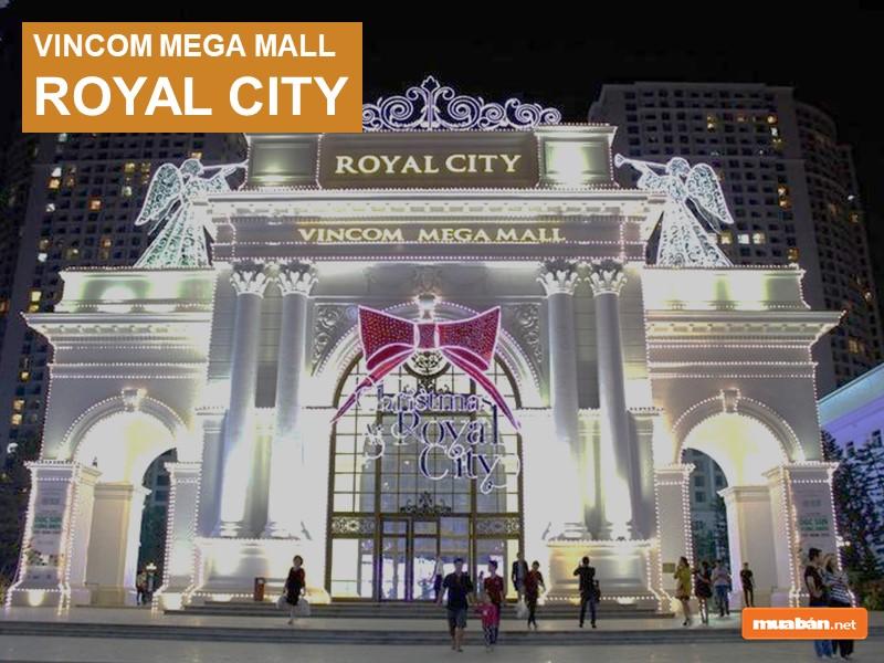 Vincom Mega Mall Royal City về đêm