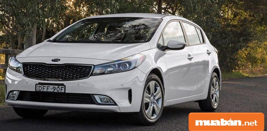 Giá xe mới, bạn có thể tìm hiểu và tham khảo tại các showroom ô tô gần bạn nhất.