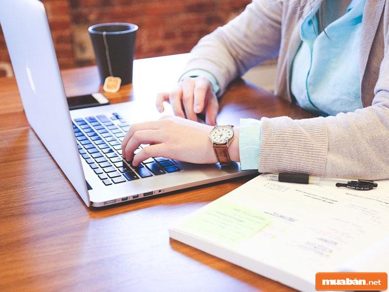 Chỉ với máy tính hoặc điện thoại là bạn đã có thể dễ dàng đăng tin