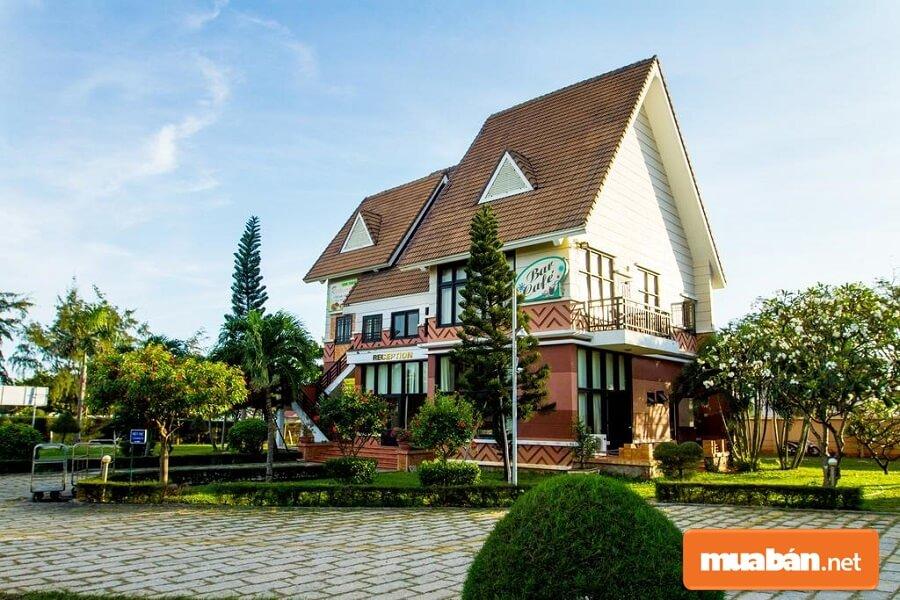 Lotus Vũng Tàu Resort được thiết kế và xây dựng theo mô típ nhà rông Tây Nguyên