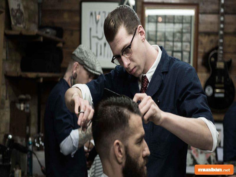 Làm tóc là công việc có tính chất đặc biệt