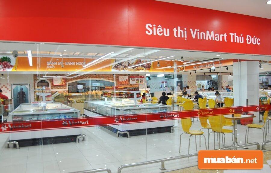 Đại siêu thị tiêu dùng Vinmart cung cấp hàng chục ngàn mặt hàng thuộc đủ các nhóm ngành khác nhau.