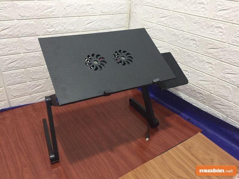 Chiếc bàn thấp phù hợp với tính di động