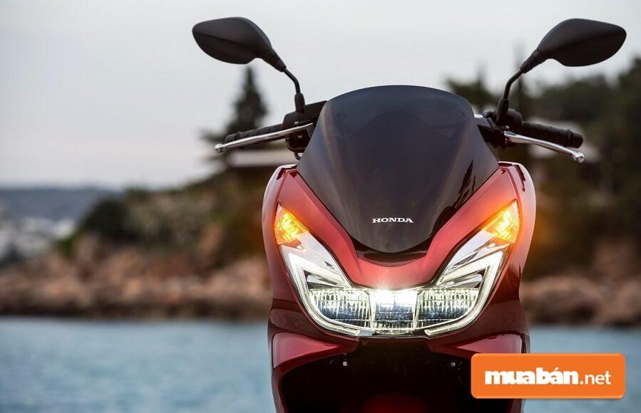 PCX 2017 còn được Honda trang bị cho 5 màu tùy chọn.