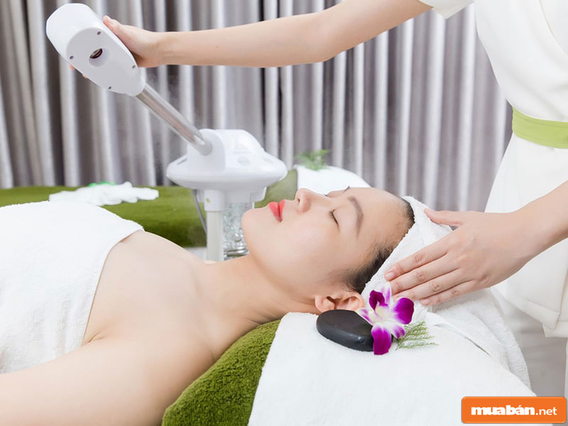 Nhân viên massage cần phải nắm vững lý thuyết lẫn thực hành về massage