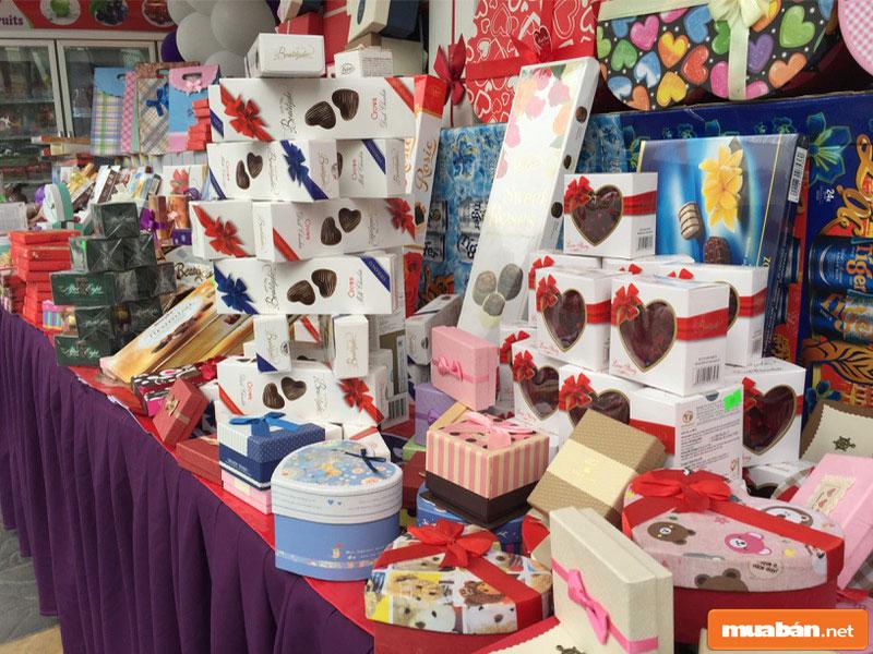 Có rất nhiều mẫu hộp quà để bạn lựa chọn trong dịp lễ Tình nhân