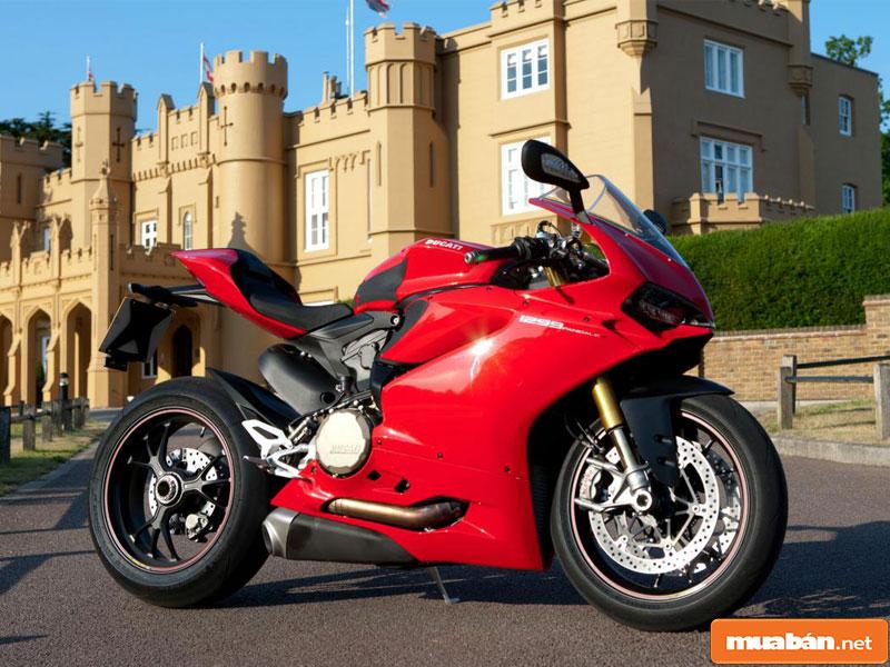 xe Ducati 04