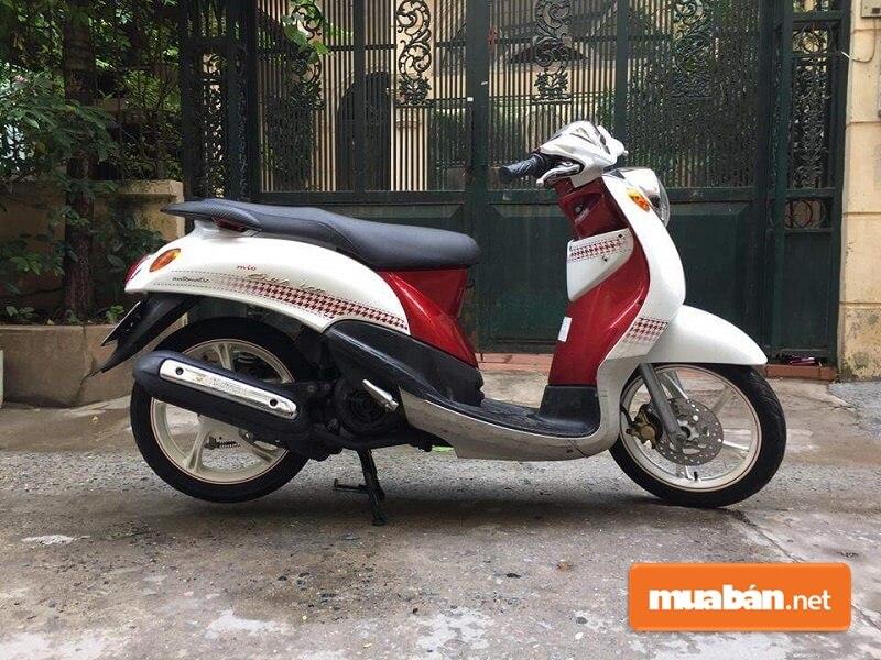 Mio Classico có ngoại hình khá giống với xe Bianco của Yamaha.